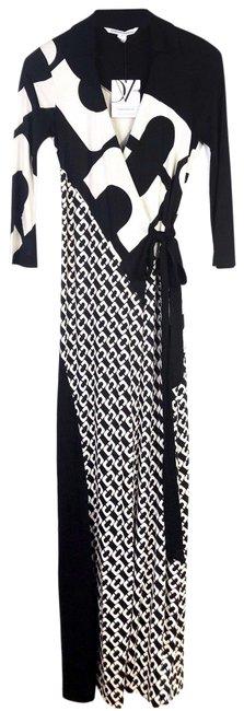 Diane Von Furstenberg  Black Chain Link Ivory Wrap Casual Maxi Dress