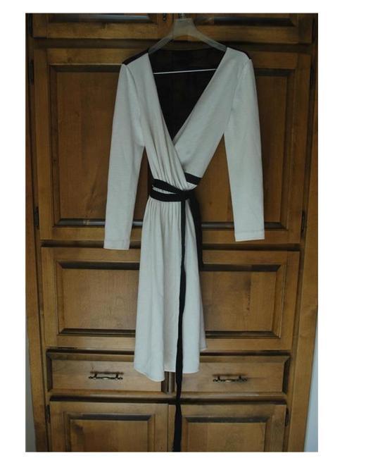 Diane Von Furstenberg  White Seduction Wool Wrap Ivory Black Lace Casual Dress