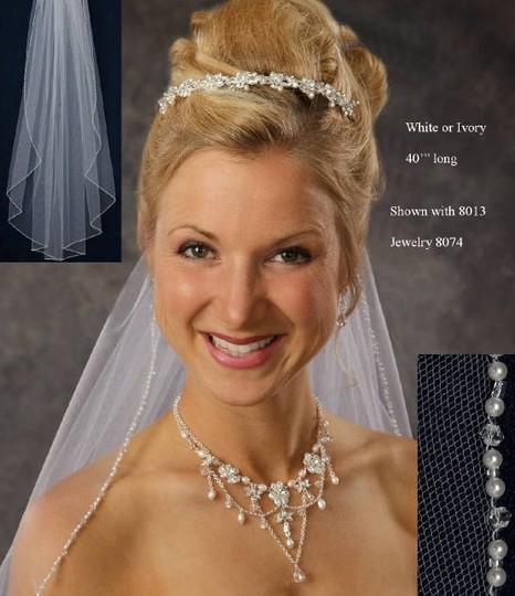 J.L. Johnson Bridals  J.L. Johnson Bridals Ivory Medium L C332 Bridal Veil