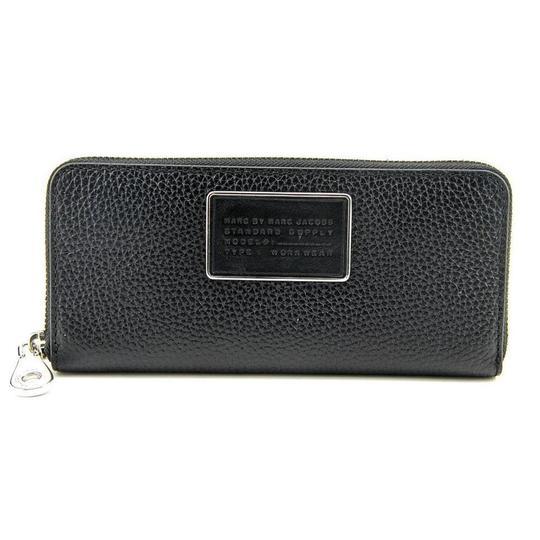 Marc By Marc Jacobs  Black Ligero Slim Zip Around Women Wallet