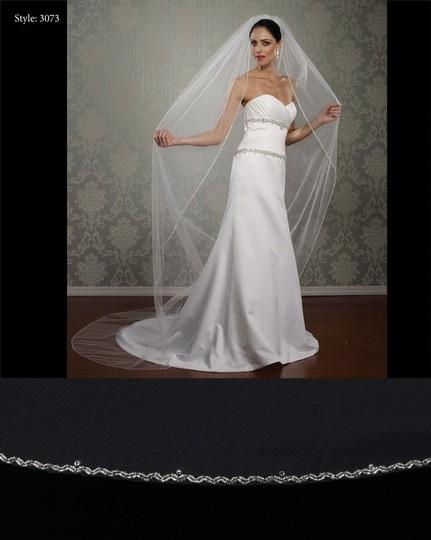Marionat  Ivory Long 3073 Cathedral Bridal Veil