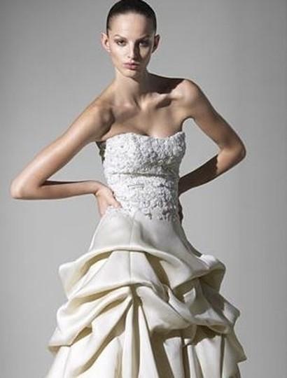 Monique Lhuillier  Latte Silk Satin Organza Clementine Embroidery Strapless 6/8 Formal Wedding Dress