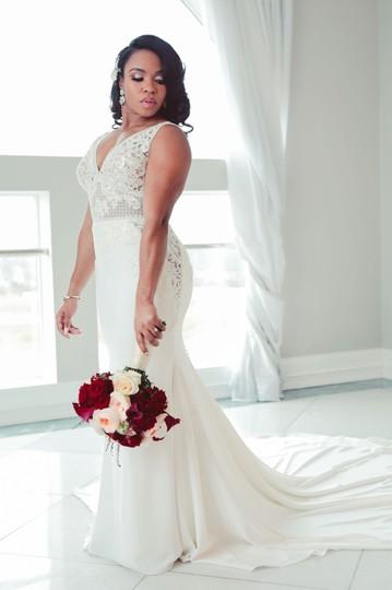 Pronovias  Off White Crepe &Embroidered Thread; 80% Polyester 20% Polyamide Sexy Wedding Dress