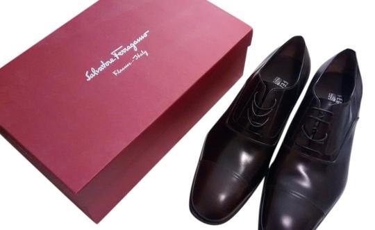 Salvatore Ferragamo  Brown Cap Toe Oxford Lavorazione Made In Italy. Formal Shoes